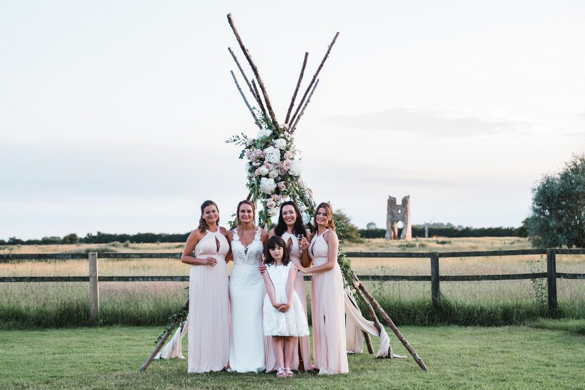 Bridal party all together at Godwick